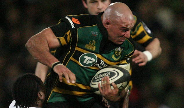 Front row duo re-sign with Saints