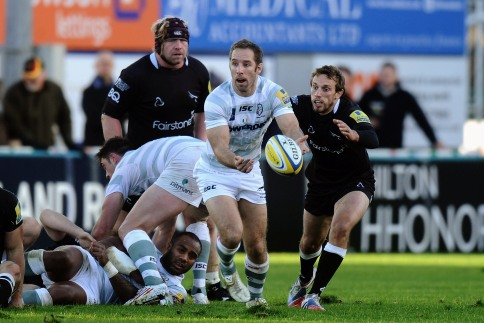 Newcastle Falcons 13 London Irish 11
