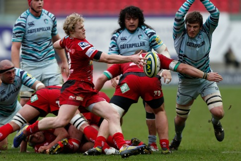Scarlets 40 Leicester Tigers 19