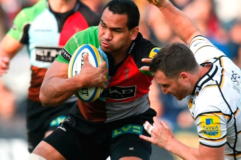 Quins pile pressure on Wasps