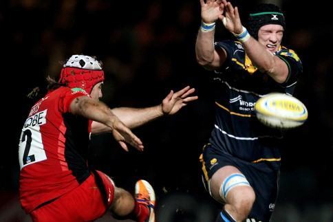 Backs-to-the-wall Warriors give Sixways a special night