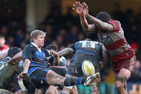 Gloucester snatch win from Bath with late penalty