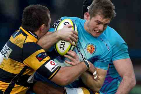 Chiefs keep pressure on for cup semi-final spot