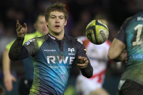 Ospreys end Dragons qualification hopes