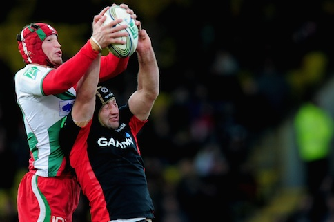 Farrell nerve puts Men in Black on verge of knock-outs