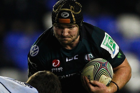 Exiles edged out by Blues