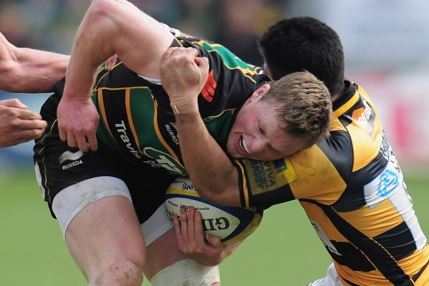 Five-try Saints sting Wasps