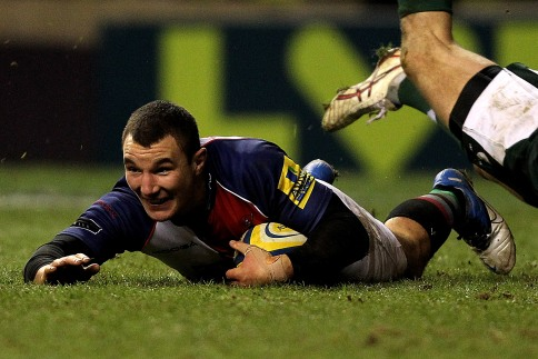 Lowe hits the heights for Harlequins