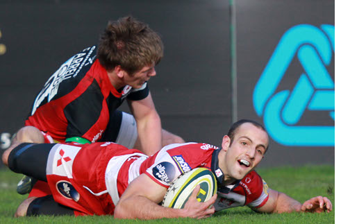 Cherry and Whites overwhelm Saracens