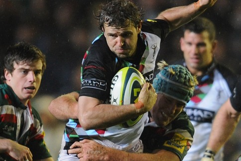 Evans stars as Quins raise colours over Leicester