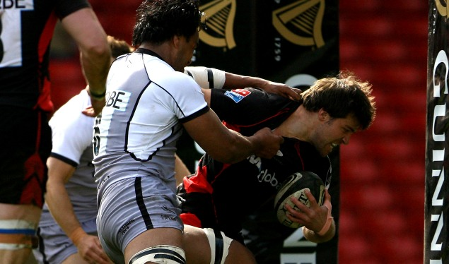 Seven-try Saracens smash Newcastle