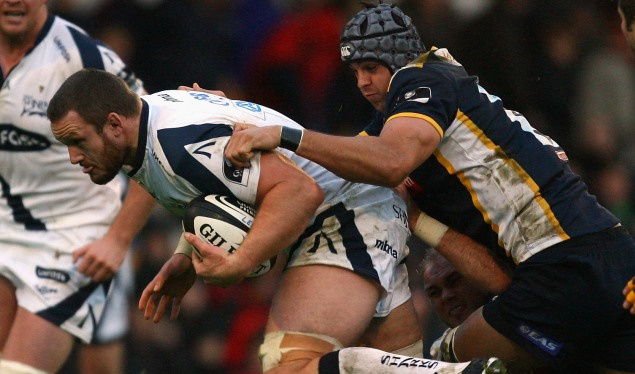 Sharks comeback inflicts loss on Leeds