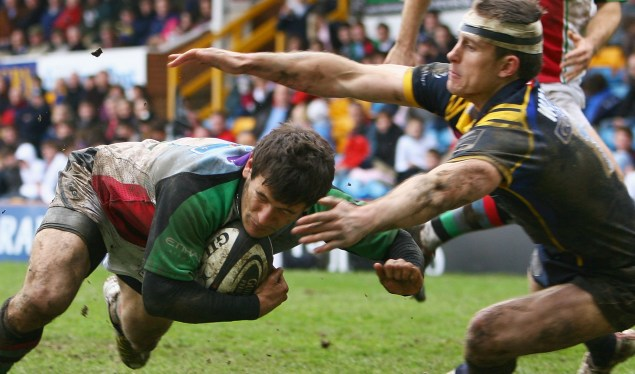 Leeds look down as Quins head for play-offs