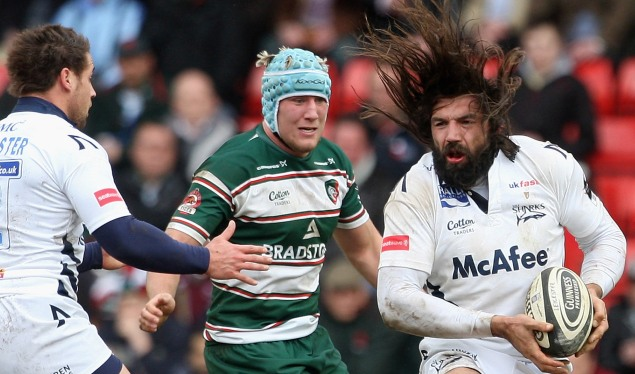 Chabal crashes over late to tame the Tigers