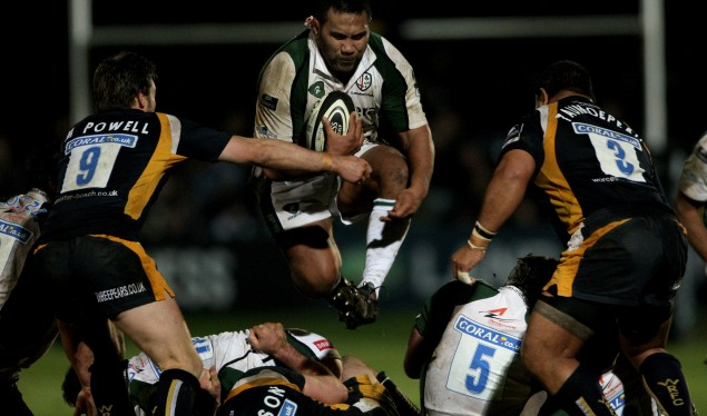Irish hang on against Worcester fightback