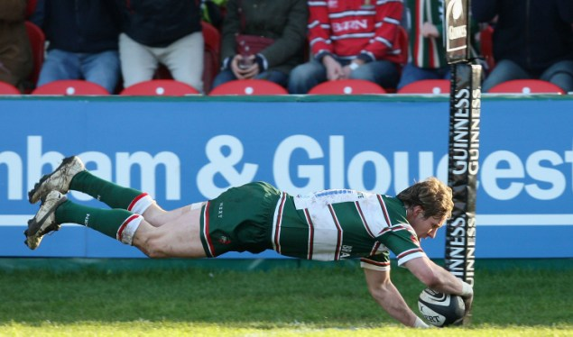 Tigers tame Kingsholm in top-two battle