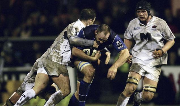 Sarries scrap for fine away win
