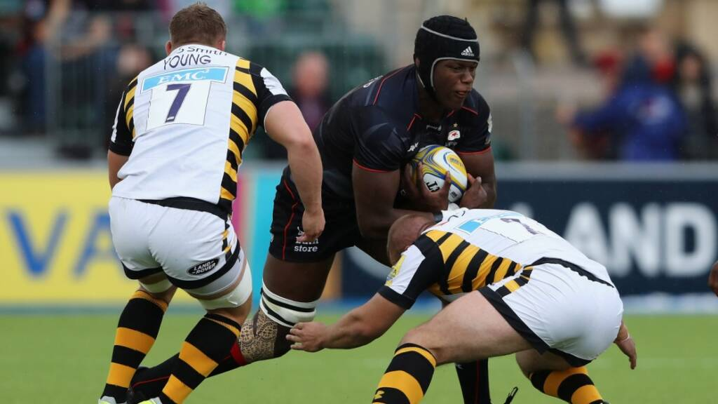 Maro Itoje carries against Wasps