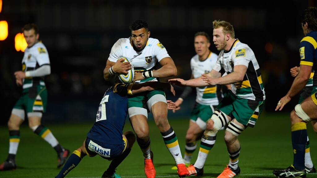 WORCESTER, ENGLAND - NOVEMBER 18:  Saints player Luther Burrell makes a break during the Aviva Premiership match between Worcester Warriors and Northampton Saints at Sixways Stadium on November 18, 2016 in Worcester, England.  (Photo by Stu Forster/Getty Images)