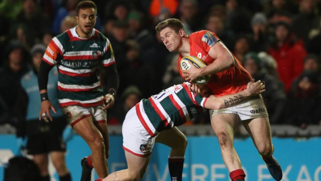 Owen Farrell scored all of Saracens' points in their 16-12 win over Leicester Tigers.