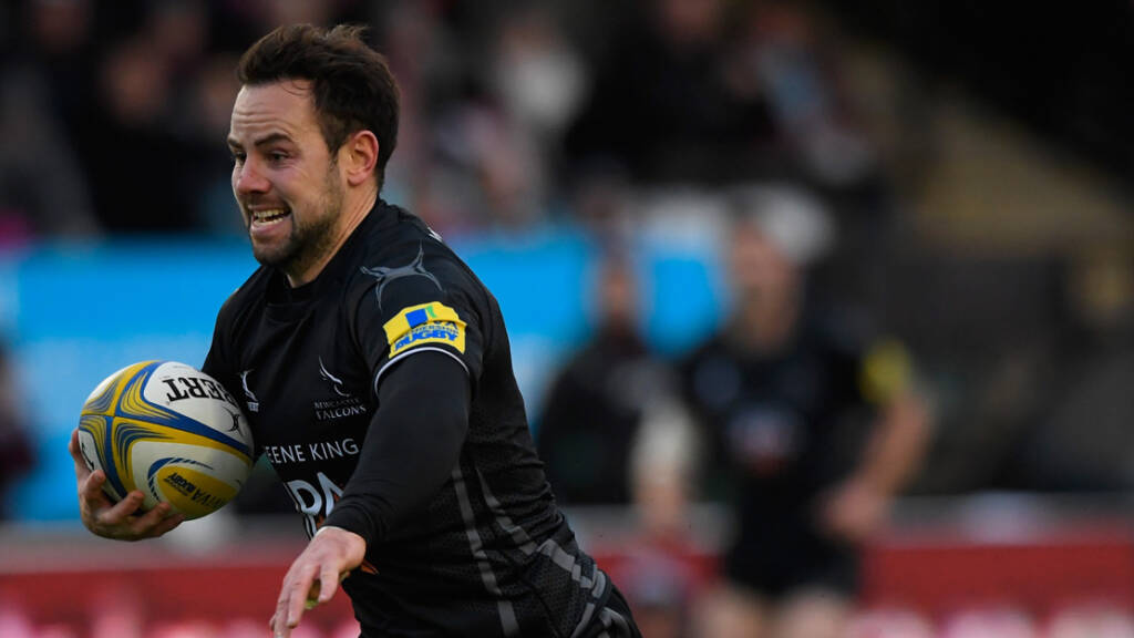 Newcastle Falcons renew terms with Michael Young and Calum Green