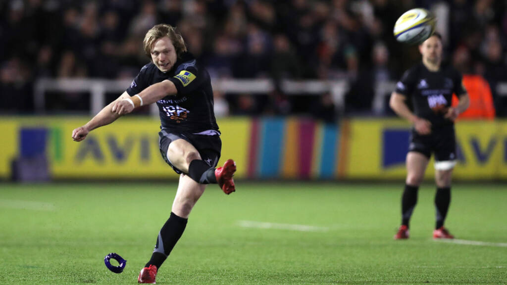 Newcastle Falcons team to face Leicester Tigers