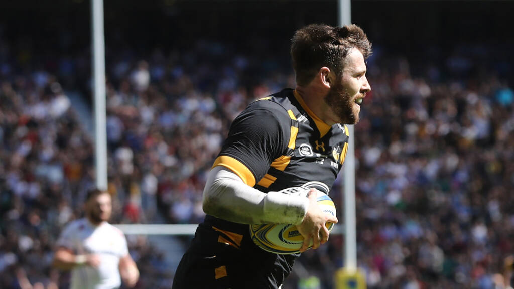 Elliot Daly re-signs with Wasps