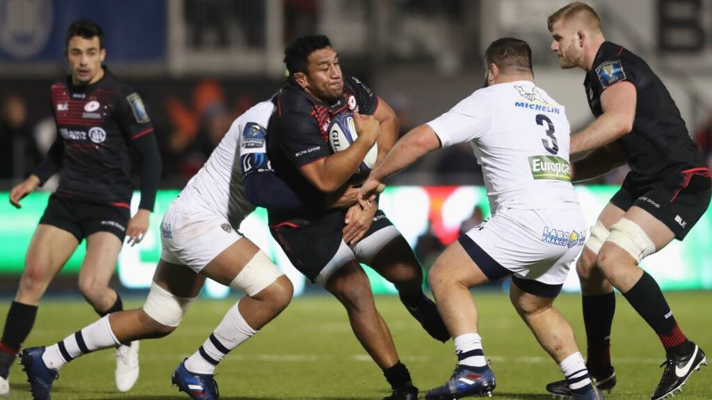 Saracens players dedicate names on match shirts to close ones