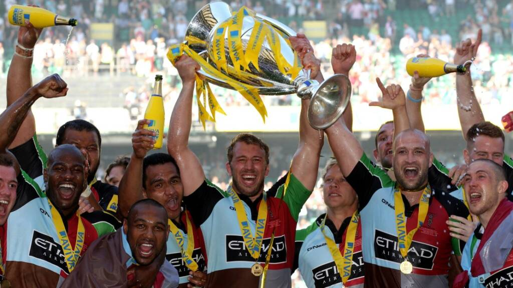 Chris Robshaw savours Harlequins' 2012 Aviva Premiership Rugby title
