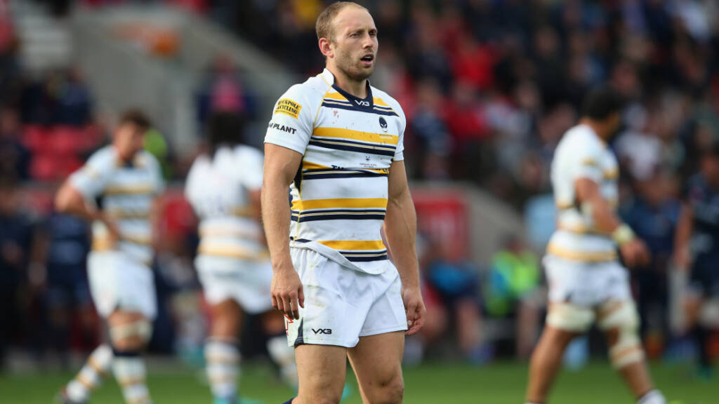 Pennell signs up for two more years
