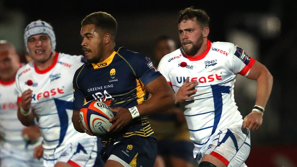 Ollie Lawrence commits long-term future to Worcester Warriors