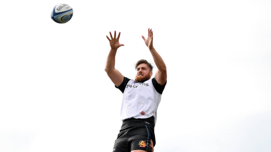 Newcastle Falcons sign Exeter Chiefs lock Toby Salmon