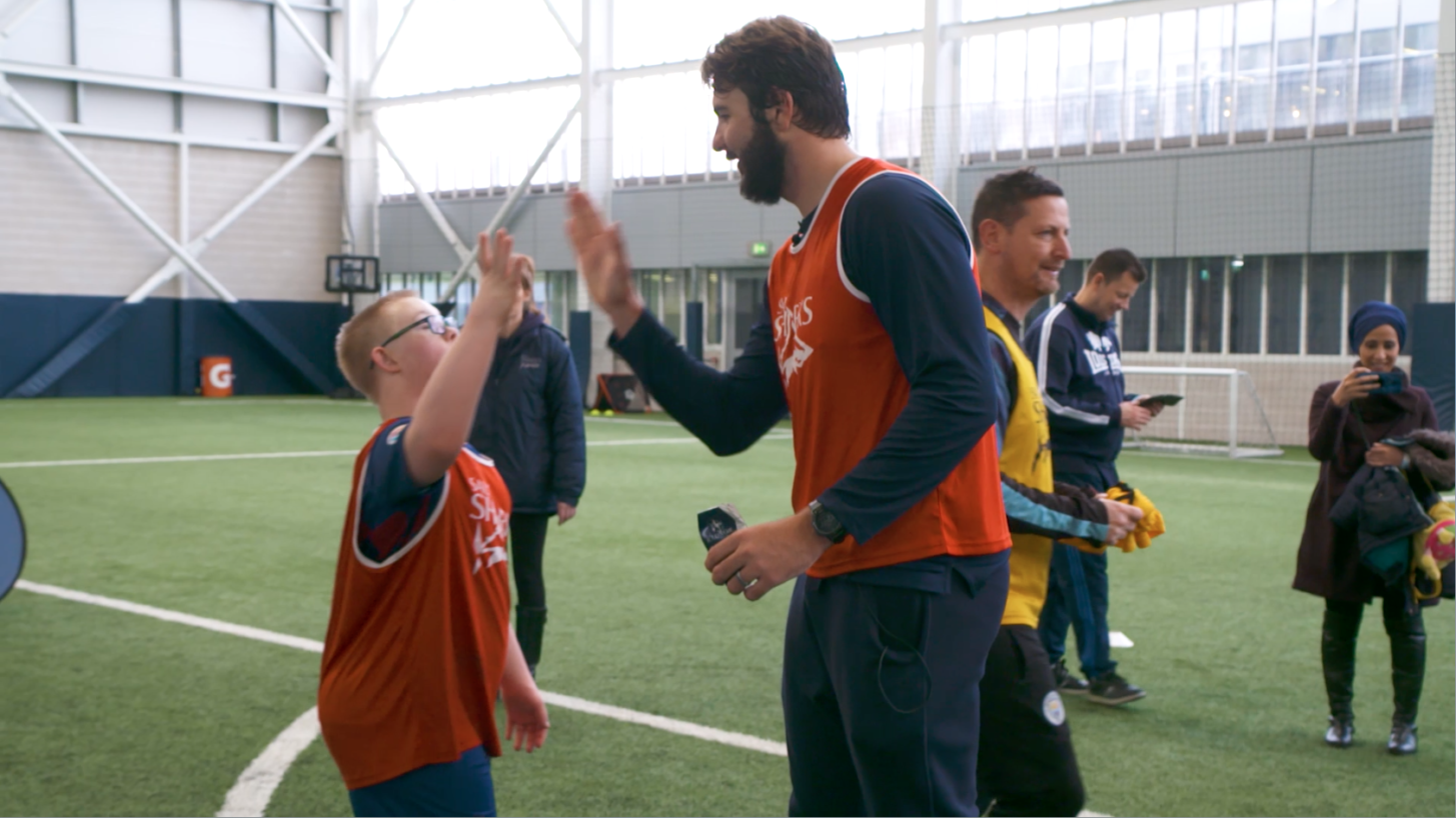 Sharks Stars Run rugby Session for ManchesterDown'sSyndrome Group