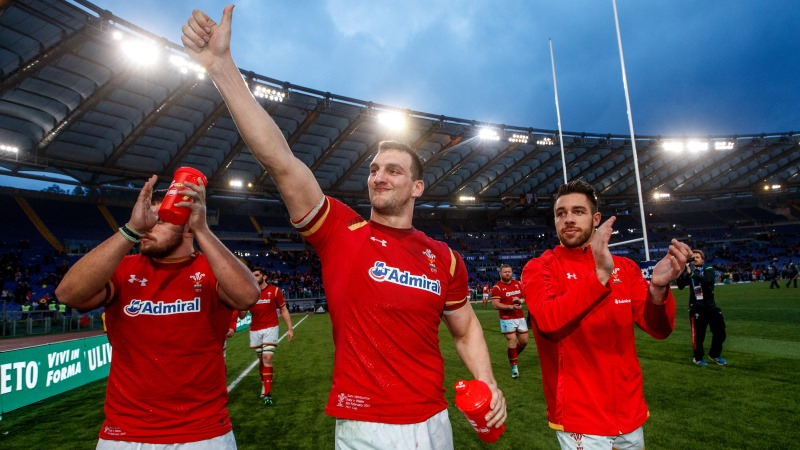 Wales great Warburton announces retirement from rugby