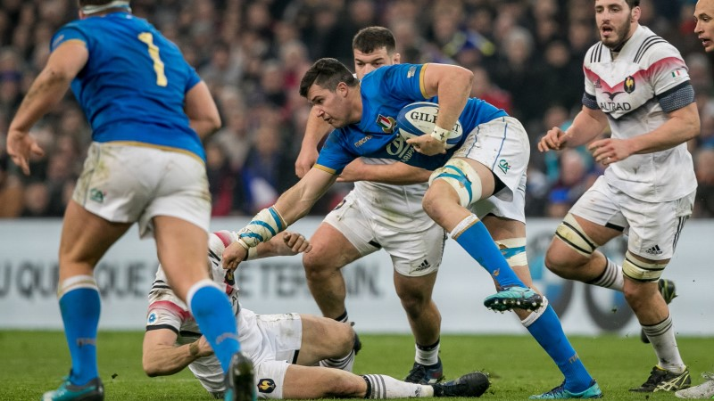 Italy star Negri signs new Benetton deal