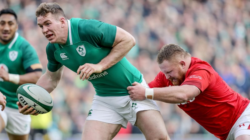 Farrell returns in style alongside Murray