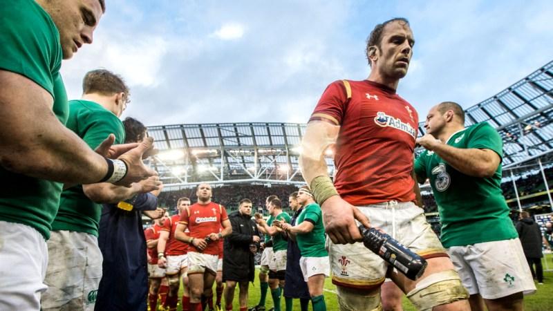 Williams praises 'Wales great' Jones