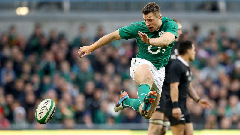 Bowe open to shift to centres