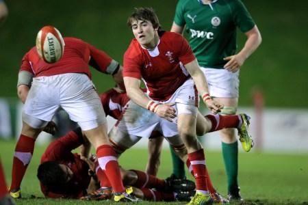 Wilson hails Wales Under-20s scrum