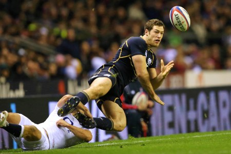 Visser ruled out for four months with broken leg