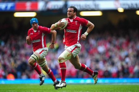 Lions experience will makes Wales a better team, says Roberts