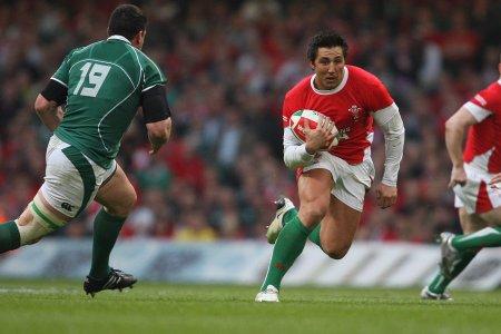 Henson's Wales recall hopes fading