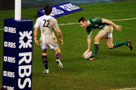 Bowe out of Italy clash