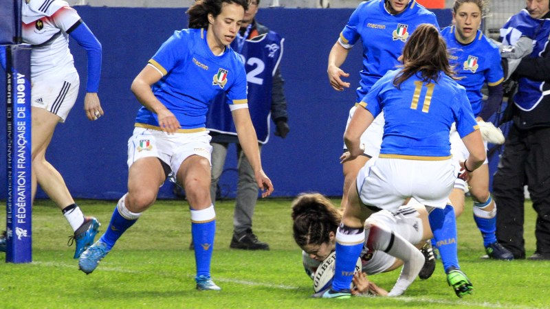 France Women lay down a marker with dominant Italy success