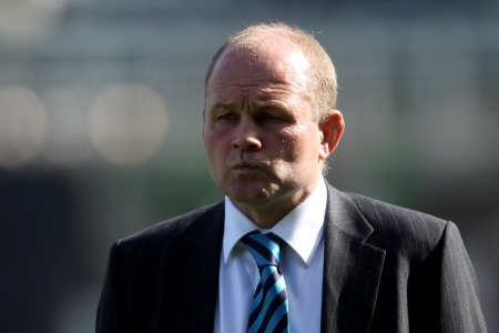 Andy Robinson receives full backing of new president McLauchlan