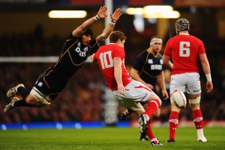 Howley confident of Priestland return to form