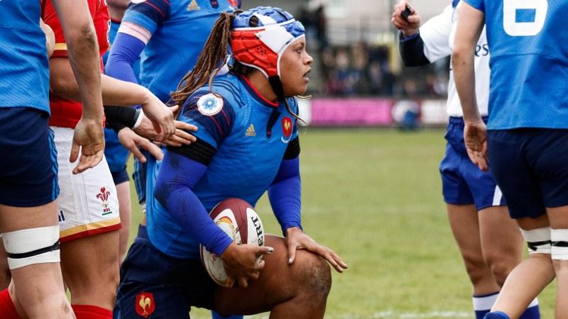 Wales women 10 France women 8
