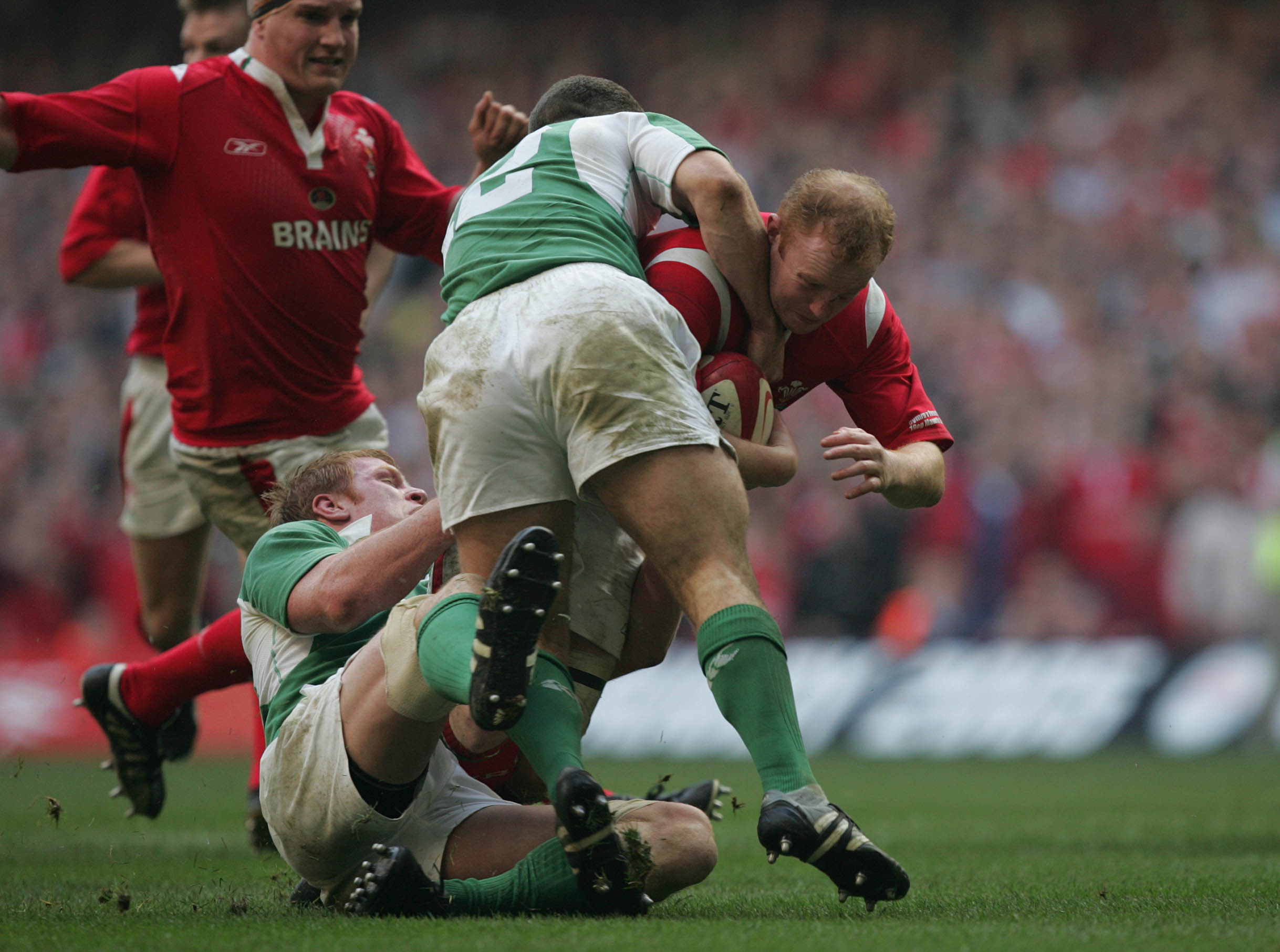 Martyn Williams tackled by Paul O'Connell and Kevin Maggs 19/3/2005