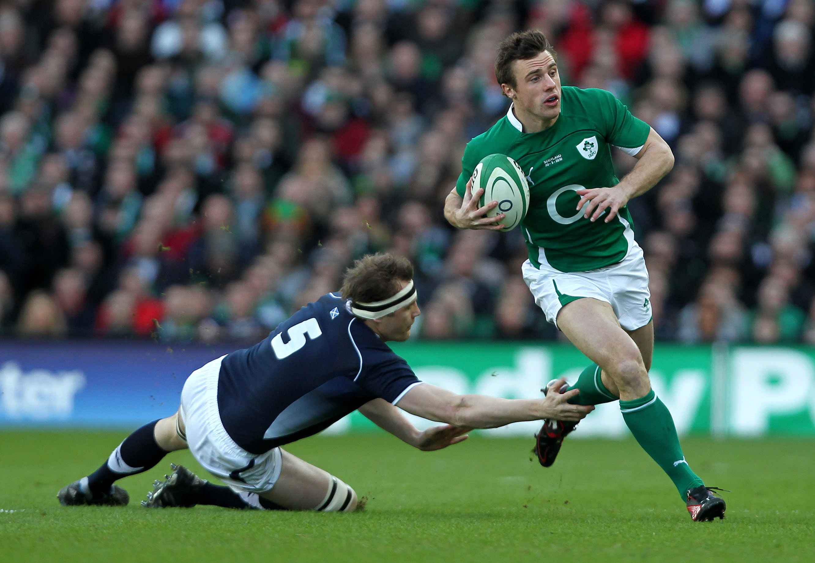 Tommy Bowe tackled by Al Kellock 20/3/2010