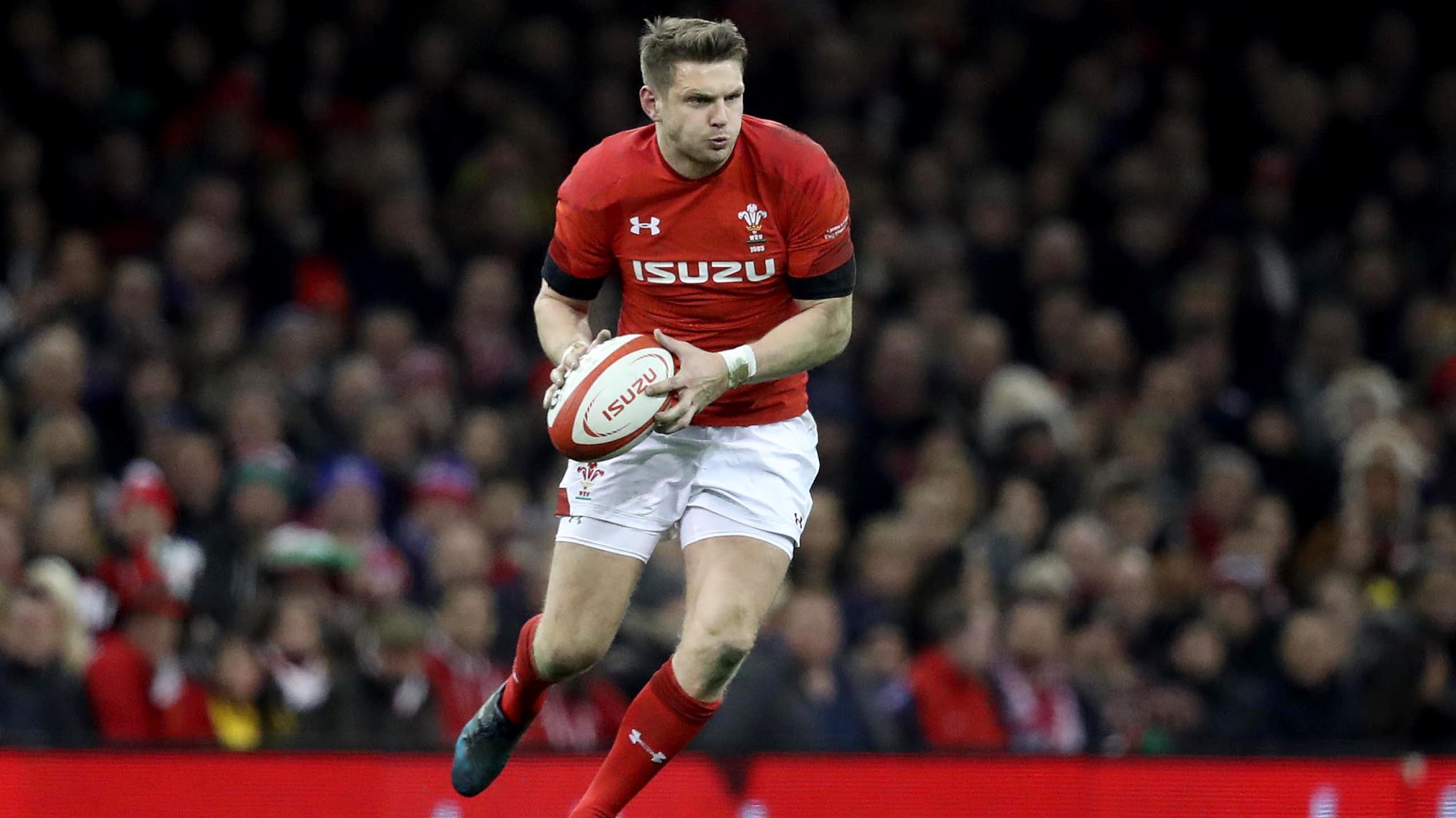 Biggar shines to helps Saints beat league leaders